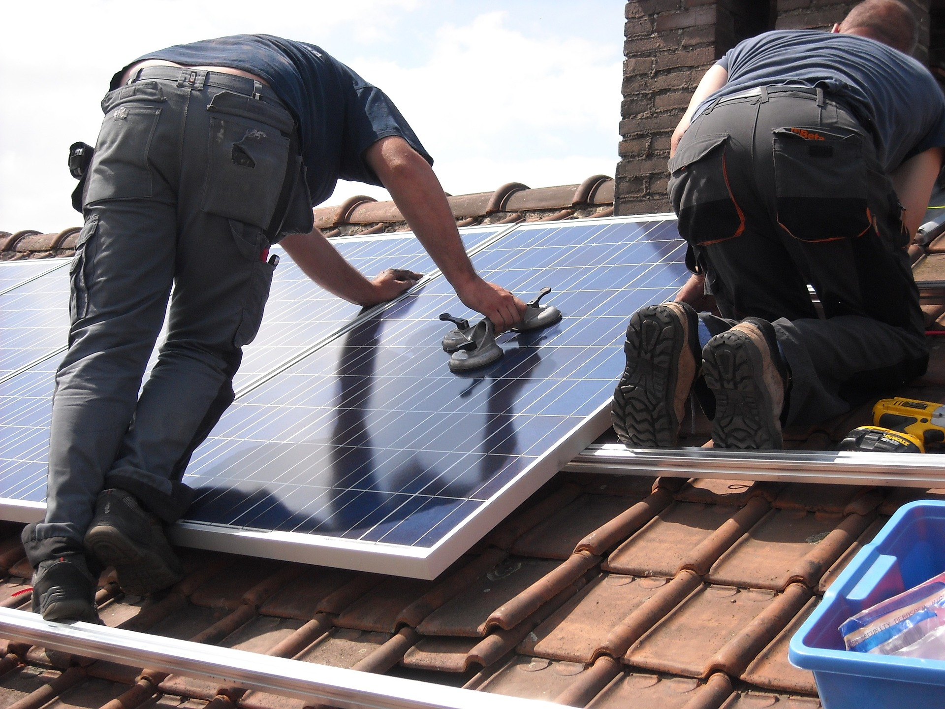La rénovation énergétique, toiture et isolation en priorité